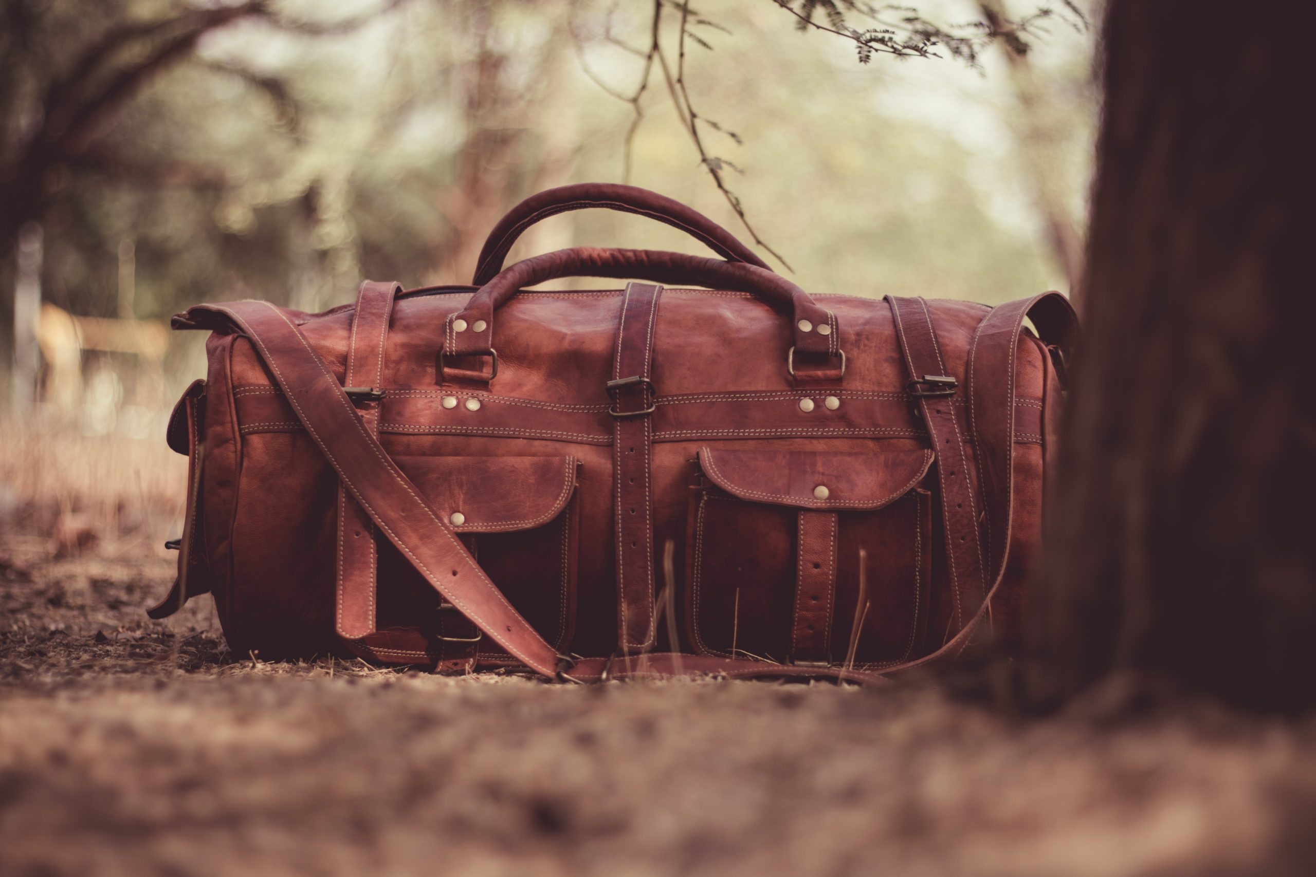 Best Luggage for international travel in 2020 - Backpack or suitcase