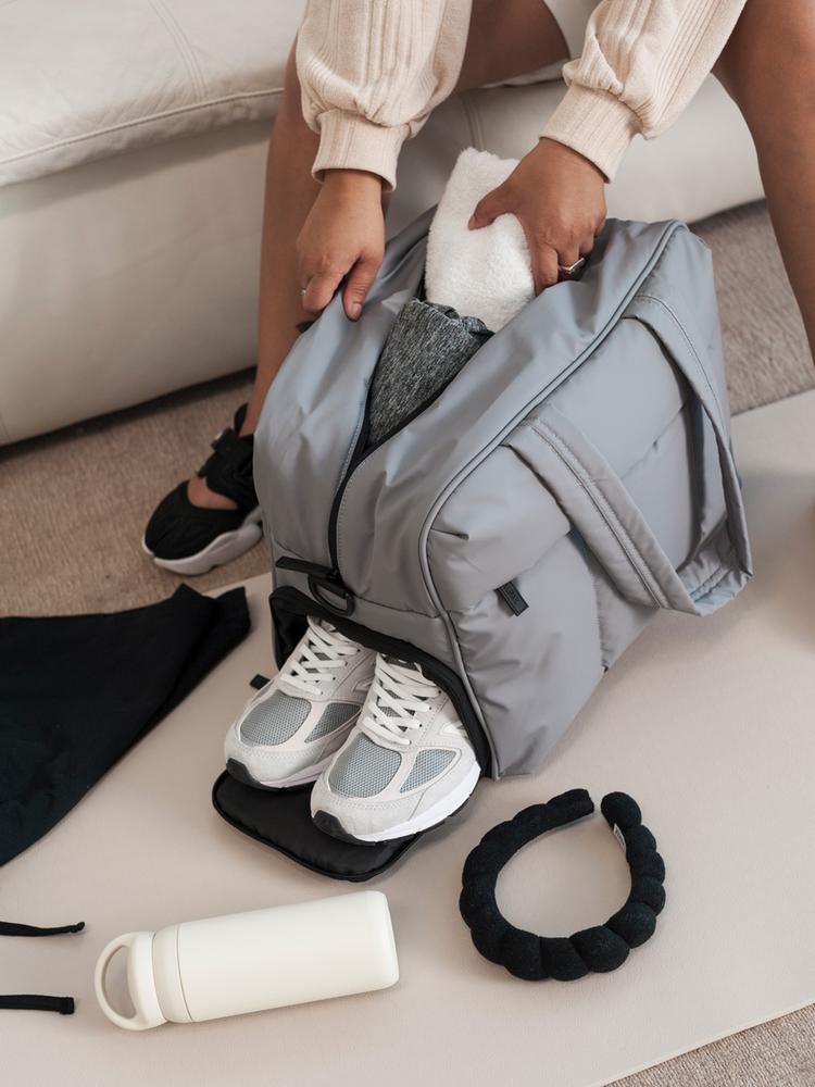 Calpak Luggage Review: Luka-Matte-Duffel-Bag-IRON-LIFESTYLE2_1000x1000
