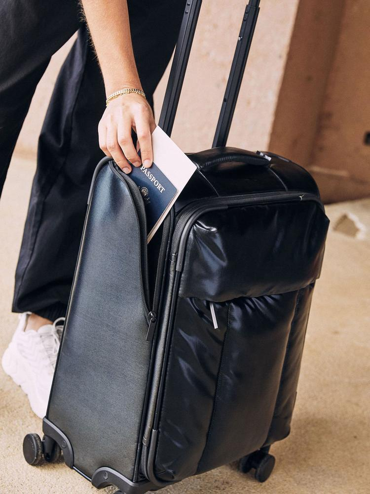 Calpak Luggage Review: luka-carry-on black-easy-access-side-compartment