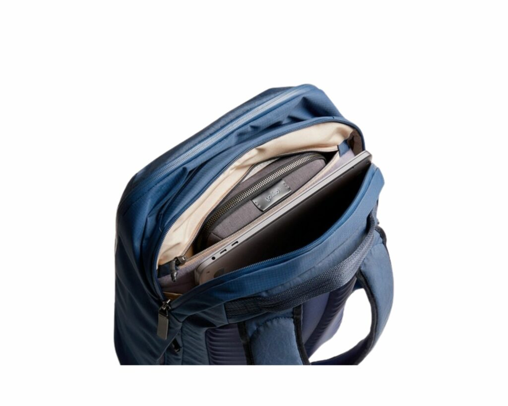 Bellroy Transit Backpack Review: Laptop compartment