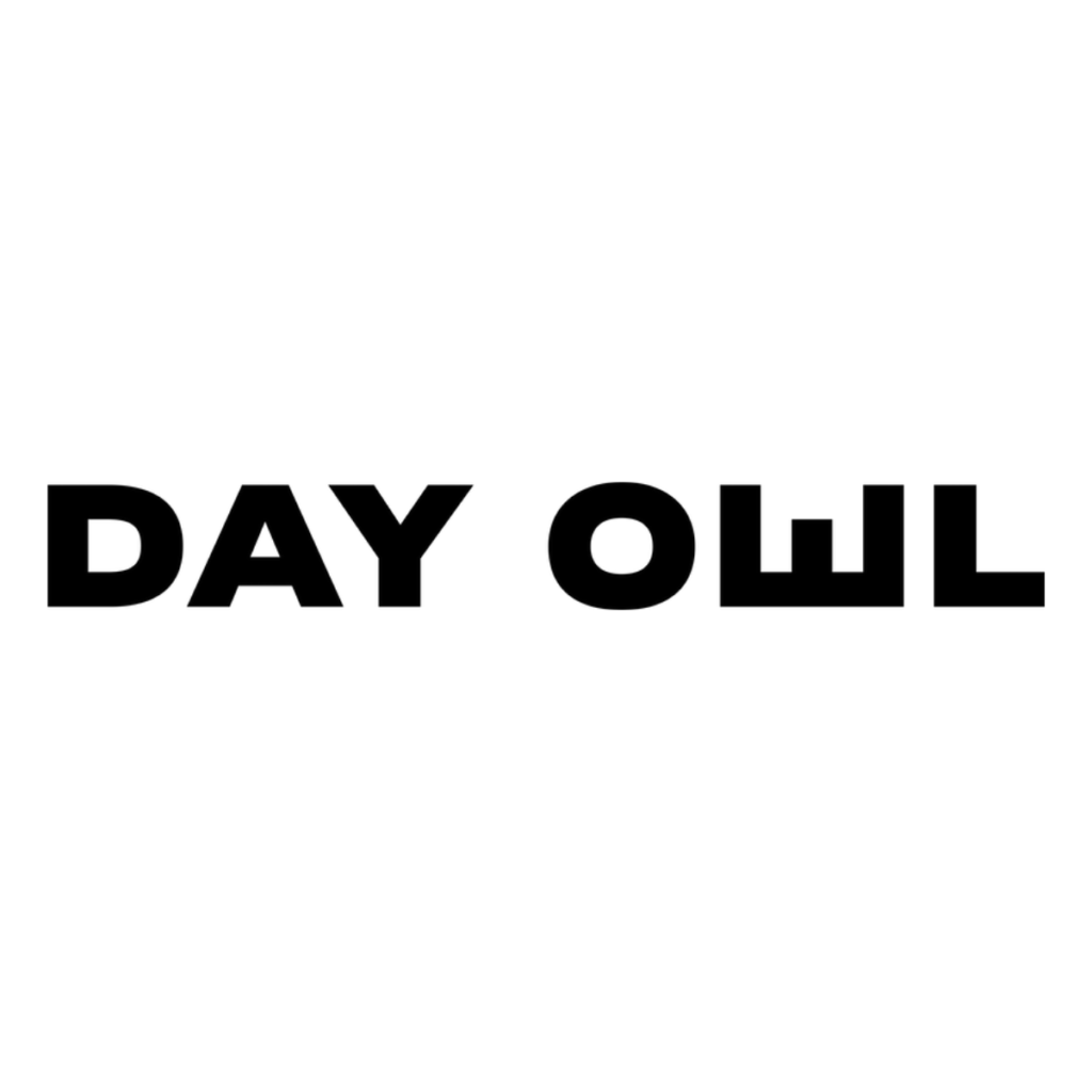 Day Owl backpack review: logo