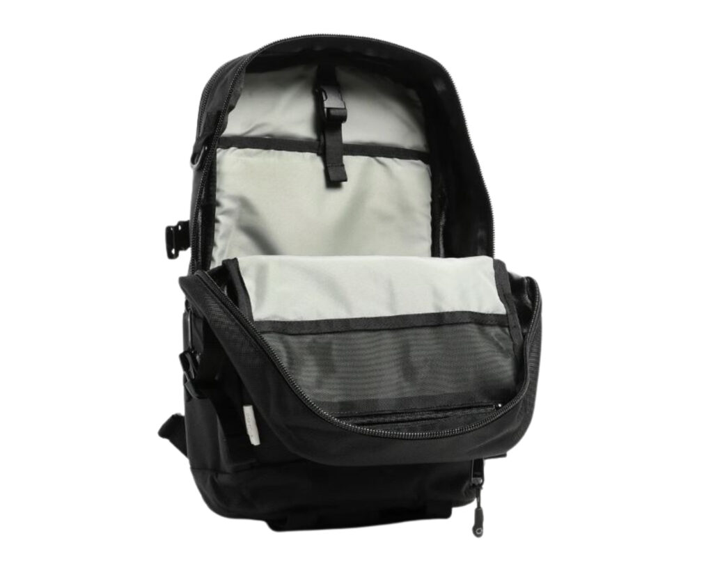 DPTCH Daypack Review: The DSPTCH Daypack inside view