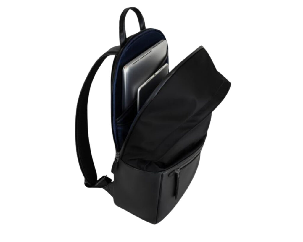 ISM Backpack Review: The ISM Backpack tech compartment