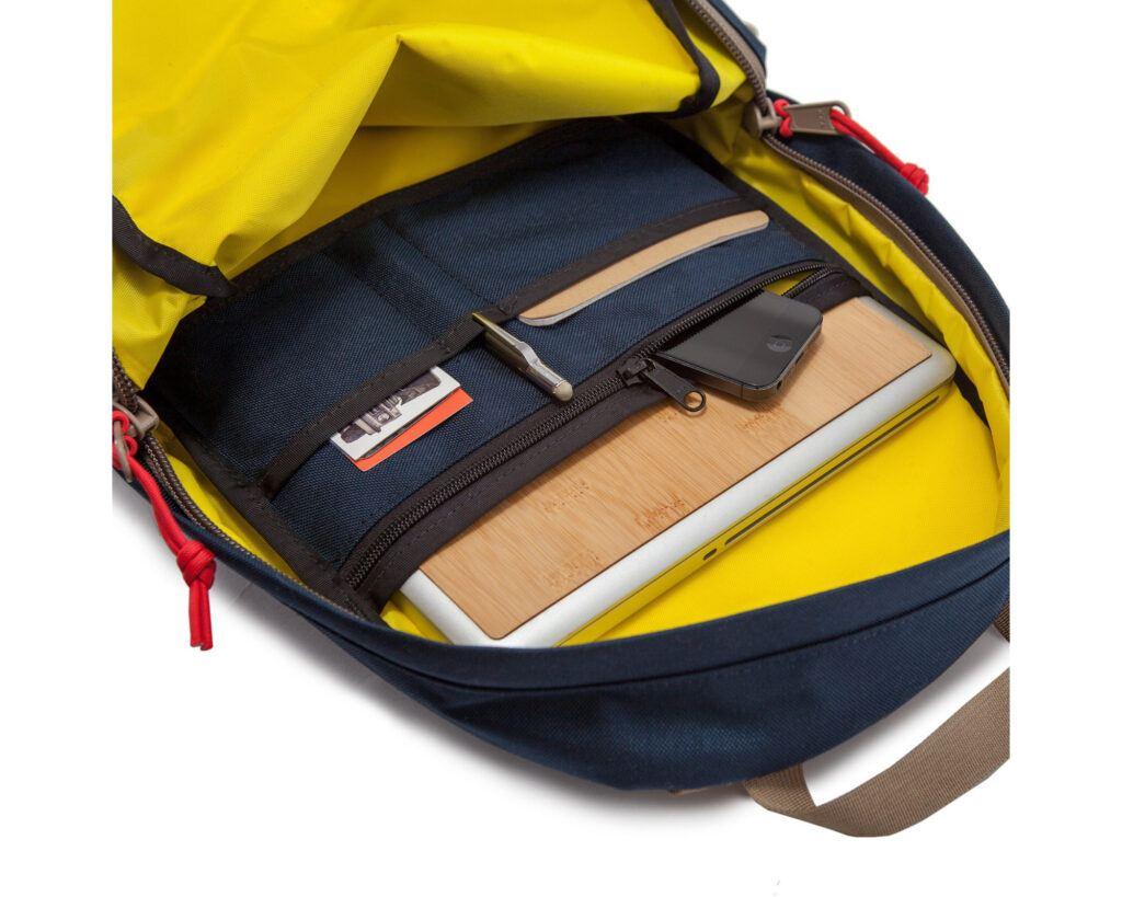 Topo Designs Daypack Review: Topo Designs Daypack inside compartment