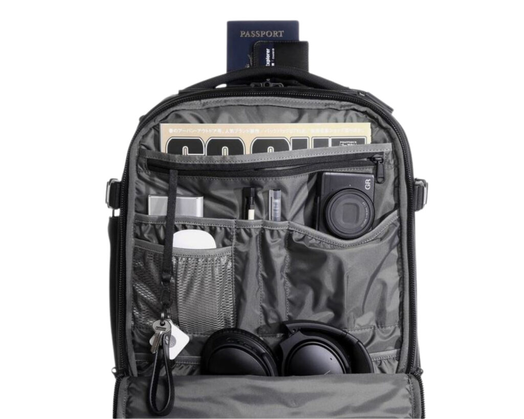 AER Travel Pack 2 review: organization panel of the AER Travel Pack 2