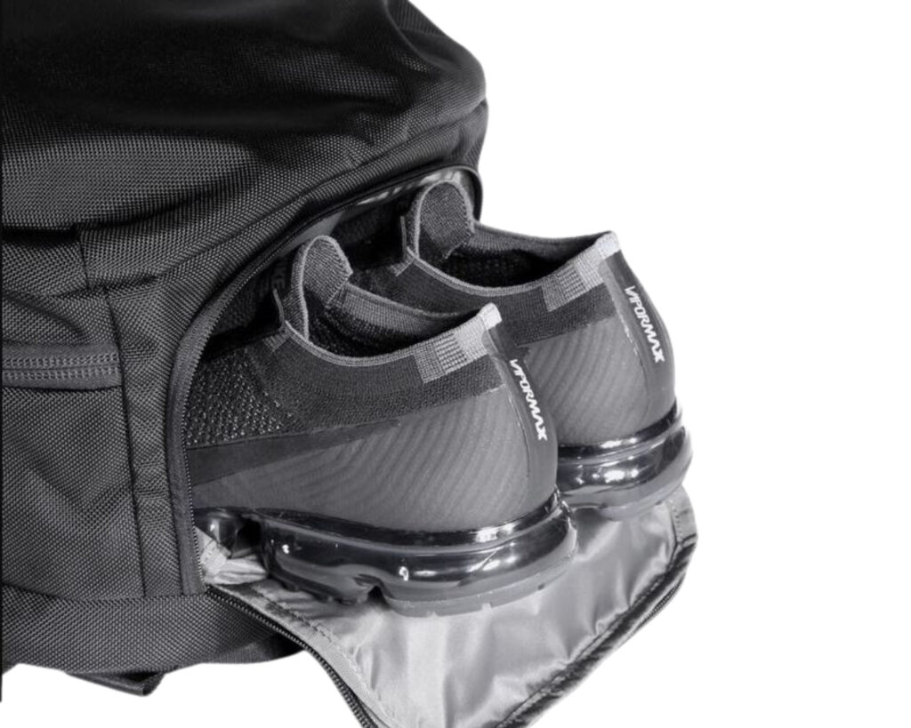 AER Travel Pack 2 review: shoe compartment