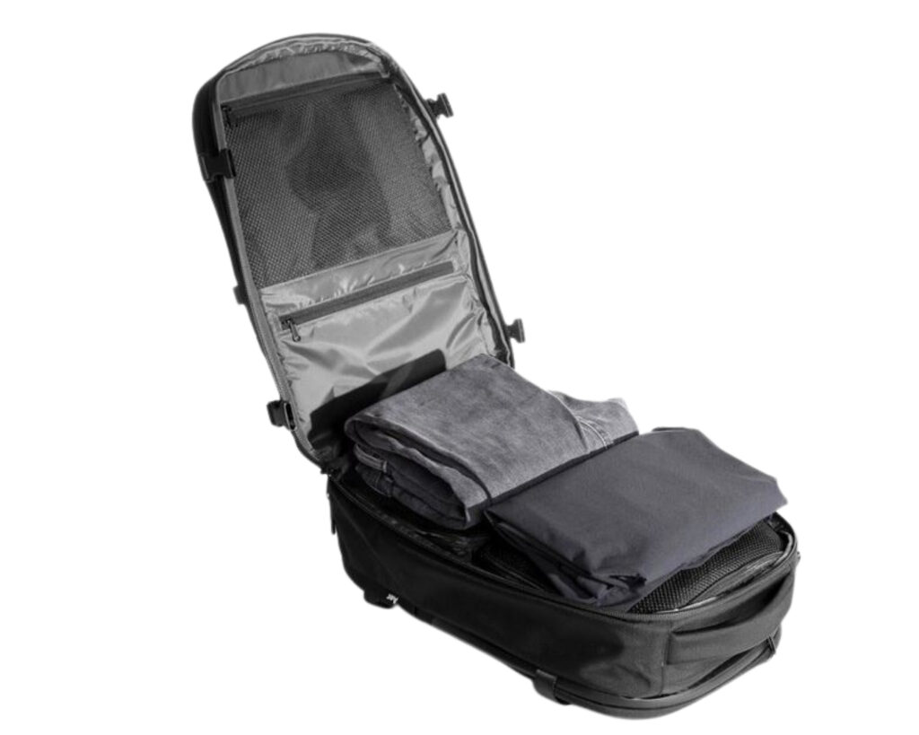 AER Travel Pack 2 review: main compartment