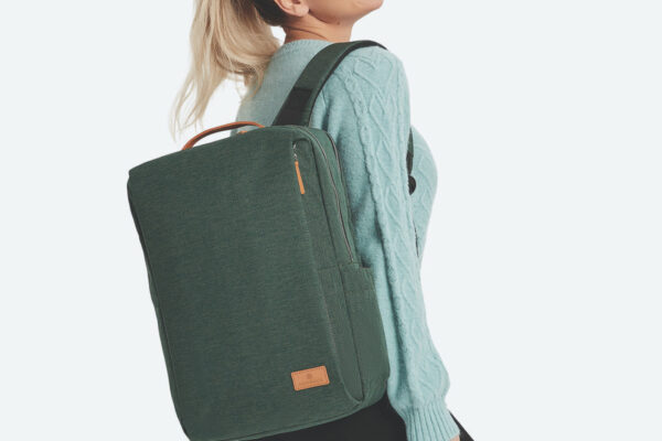 Backpacks similar to Nordace Siena review: The Nordace Siena backpack on a model